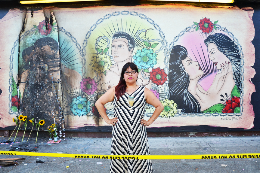 Mural de galer a vandalizado por representar latinos lgbtq for El mural pelicula online