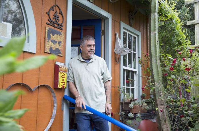 Juan Fuentes at his home studio. Photo Drago Rentería