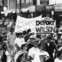 Manifestantes protestan en la Mision en contra de la Proposición 187, en 1994. Foto Vernardo Murphy/El Tecolote Archives