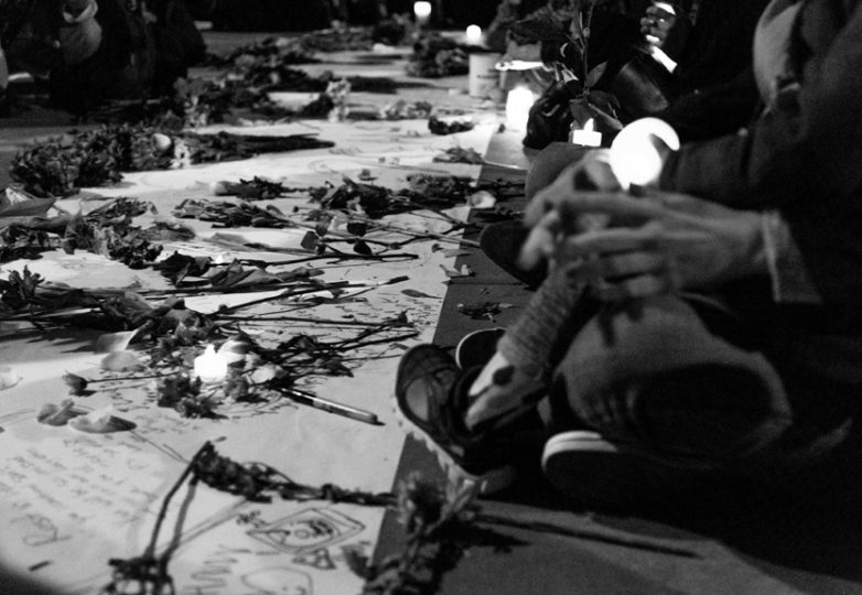 Hundreds gathered at Lake Merritt on Dec. 5, 2016 for a vigil honoring the lives of the victims lost in a fire at Ghostship, a warehouse venue for artists in the Fruitvale District. Photo: Natasha Dangond