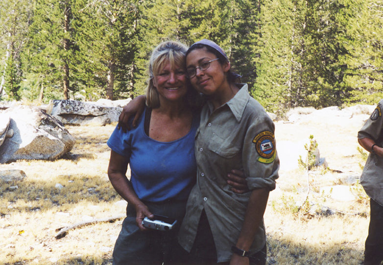 The author (at right) with Jeannie, a backcountry cook, during a backcountry trail work project in Kings Canyon National Park, 2002. Courtesy: Mabel Jiménez