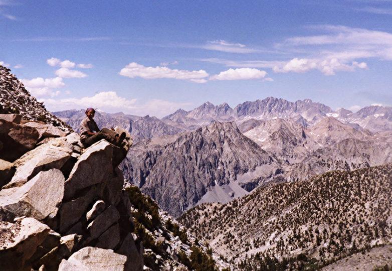 La autora durante su tiempo laborando para California Conservation Corps, en 2002. Courtesía: Mabel Jiménez
