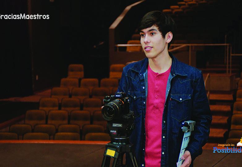 Michael Padilla, estudiante de último año de la Evergreen Valley High School, en San José, prepara su próxima obra el 27 de marzo de 2017. Cortesía: California Lottery