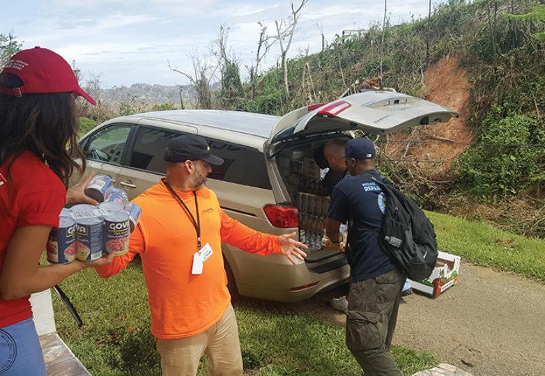 La devastación tras el Huracán María en Puerto Rico el pasado septiembre, urgió a miembros de la Registered Nurse Response Network (RNRN) a llevar ayuda y suministros a las víctimas. Cortesía: Erin Carrera