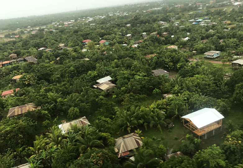 Toma aérea de Bilwi, donde WaterAid tiene su sede y atiende a comunidades indígenas al noreste de Nicaragua. Foto: Nathalie Fernandes