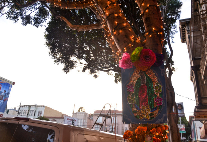 Altars are displayed outside Luz de Luna on 24th Street during Día de Muertos in San Francisco's Mission district, Friday November 2, 2018. Photo: Mabel Jiménez/Calle 24