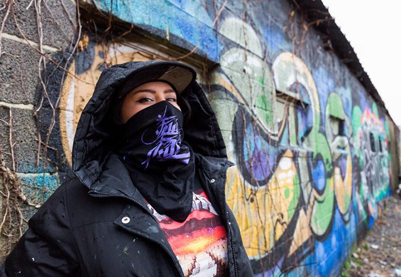 Meme, artista de grafiti y fundadora del colectivo Few and Far, en Richmond Virginia, el 4 de enero de 2019. Foto by Amanda Peterson