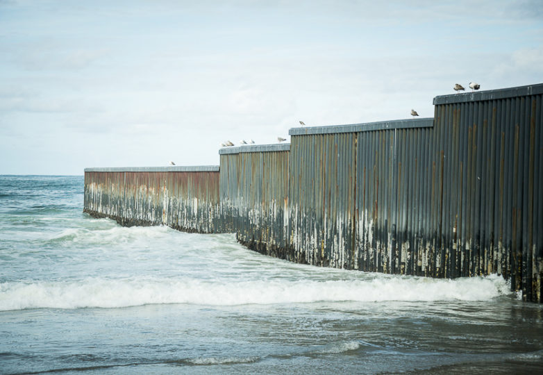 The westernmost point of the wall diving the U.S.-Mexico border in the Playas de Tijuana neighborhood. March 9, 2019. Photo: Mabel Jiménez