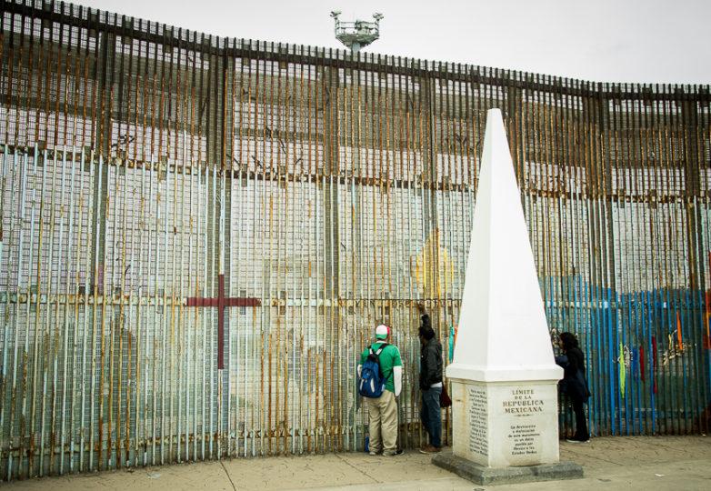 Families on both sides of the U.S.-Mexico border wall meet at Playas de Tijuana, Sunday March 10, 2019. Photo: Mabel Jiménez