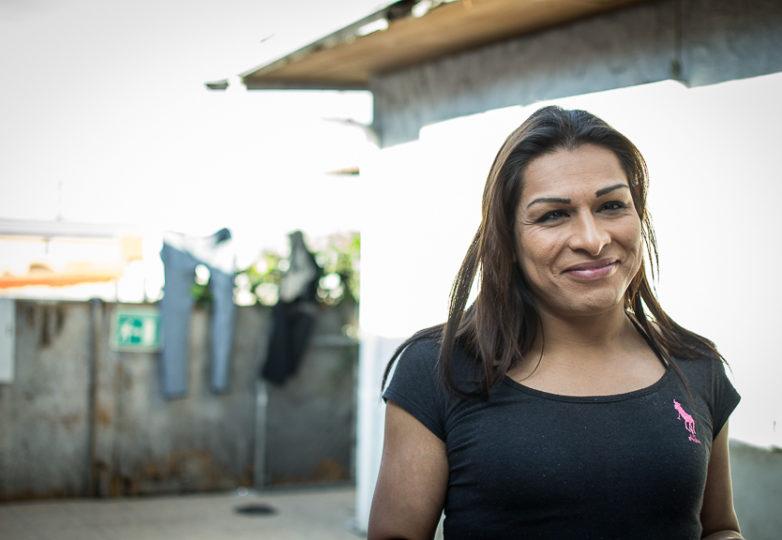 Angie, supervisora de la cocina de Jardín de las Mariposas, un centro de rehabilitación para la comunidad LGBT. Foto: Mabel Jiménez
